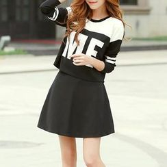 Fashion Street - Set: 3/4 Sleeved Lettering Top + Skirt