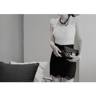 vivaruby - Scallop-Hem Lace Miniskirt