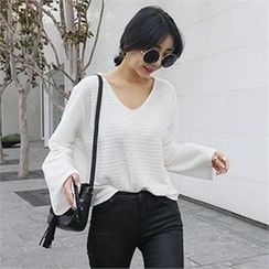 LIPHOP - V-Neck Wide-Sleeve T-Shirt