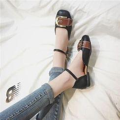 时尚麦乐 - 饰扣踝带半开平跟鞋