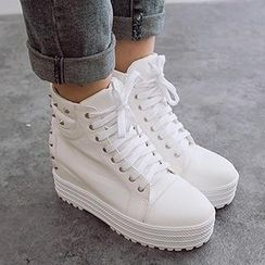 Mancienne - Studded Wedge Short Boots