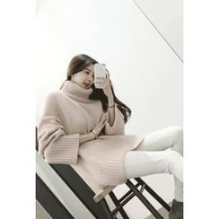 ATTYSTORY - Turtle-Neck Wide-Sleeve Sweater