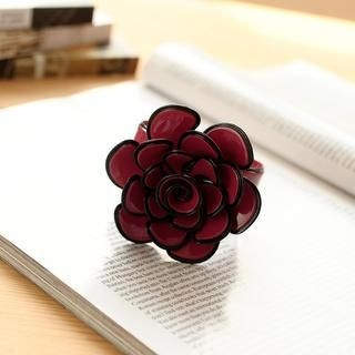 Petit et Belle - Oversized Flower Bangle