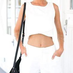 Flobo - Set: Sleeveless Cropped Top + Plain Shorts