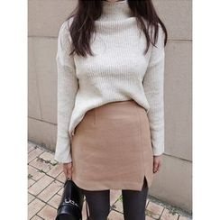 maybe-baby - Mock-Neck Ribbed Knit Top