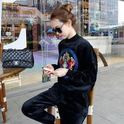 lilygirl - Set: Embroidered Velvet Pullover + Sweatpants
