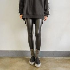 Seoul Fashion - Faux-Leather Brushed-Fleece Lined Leggings