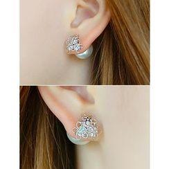 soo n soo - Faux Pearl Earrings