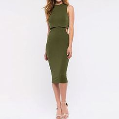 Richcoco - Mock Two-piece Cutout Sleeveless Dress