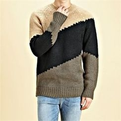 THE COVER - Color-Block Knit Top