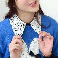 59 Seconds - Crochet Decorative Collar
