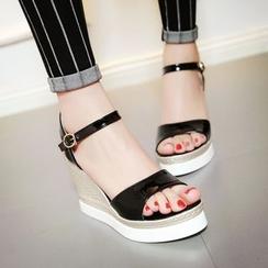 TULASI - Patent Wedge Sandals