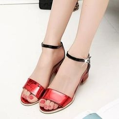 HOONA - Ankle-Strap Chunky-Heel Sandals