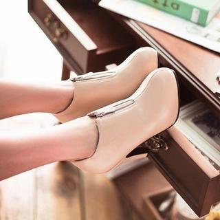 77Queen - Zip-Front Ankle Boots