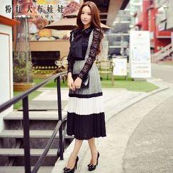 Dabuwawa - Suspender Pleated A-Line Skirt