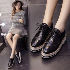 Anran - Lace-Up Brogue Shoes