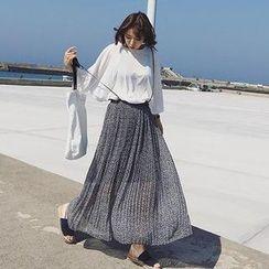 Fancy Room - Printed Jumper Skirt