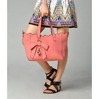 yeswalker - Scallop Trim Shoulder Bag