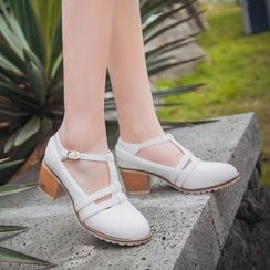 Pretty in Boots - T-Strap Pumps