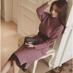 HazyDazy - Mock-Turtleneck Sweater Dress with Belt