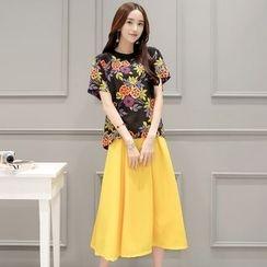 Romantica - Set: Floral Top + Midi Skirt
