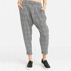 Richcoco - Check Cropped Harem Pants