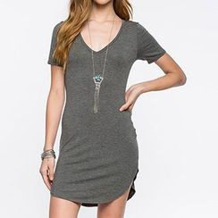 Richcoco - V-Neck Short-Sleeve Bodycon Dress