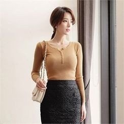 CHICLINE - Ribbed Knit Top