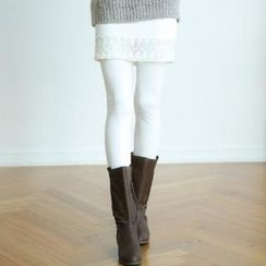 GLAM12 - Inset Lace-Hem Skirt Fleece-Lined Leggings