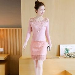 lilygirl - Lace Panel Long-Sleeve A-Line Dress