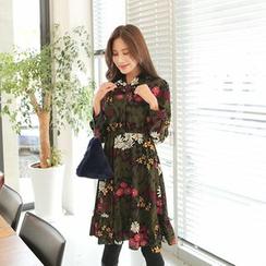 Cherryville - Tie-Neck Floral A-Line Dress