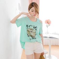Tokyo Fashion - Cutout -Shoulder Rhinestone Print T-Shirt