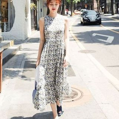 EFO - Sleeveless Printed Dress