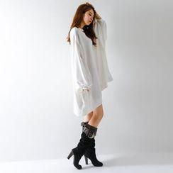 FASHION DIVA - Balloon-Sleeve Oversized Pullover Dress
