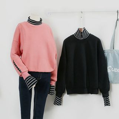 KANAMI - Mock Two-Piece Pullover