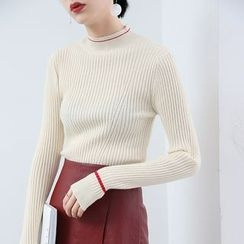 HORG - Contrast Trim Mock Neck Ribbed Knit Top