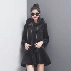 Sonne - 假两件毛球抽绳连帽丝绒卫衣连衣裙