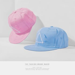 Newin - 破洞刺繡情侶棒球帽