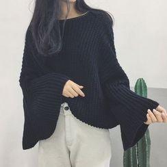 RASA - Bell-Sleeve Chunky Knit Sweater
