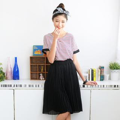 59 Seconds - Set: Striped Tee + Accodrion Pleat Jumper Skirt
