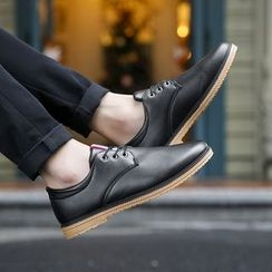 Chariot - Faux-Leather Oxford Shoes