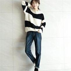 YOOM - Washed Harem Jeans