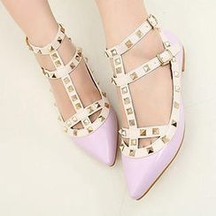 Mancienne - Pointy Studded Sandals