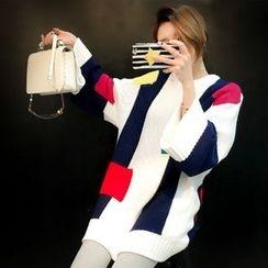 Hidari - Color Block Wide Sleeve Chunky Sweater