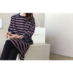 DAILY LOOK - Round-Neck Stripe Shift Dress