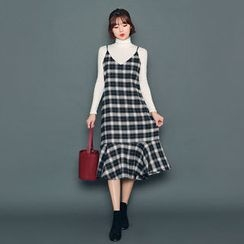 HOTPING - Spaghetti-Strap Checked Dress