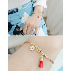 soo n soo - Tassel and Flower Charm Bracelet
