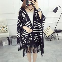 Pecora - Patterned Fringed Knit Cape