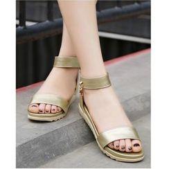 Freesia - Cuffed Sandals