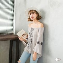OrangeBear - 3/4 Sleeve Off-Shoulder Top
